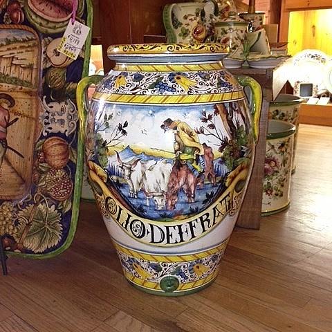 """""""Olio dei frati"""" Italian Ceramic Urn"""